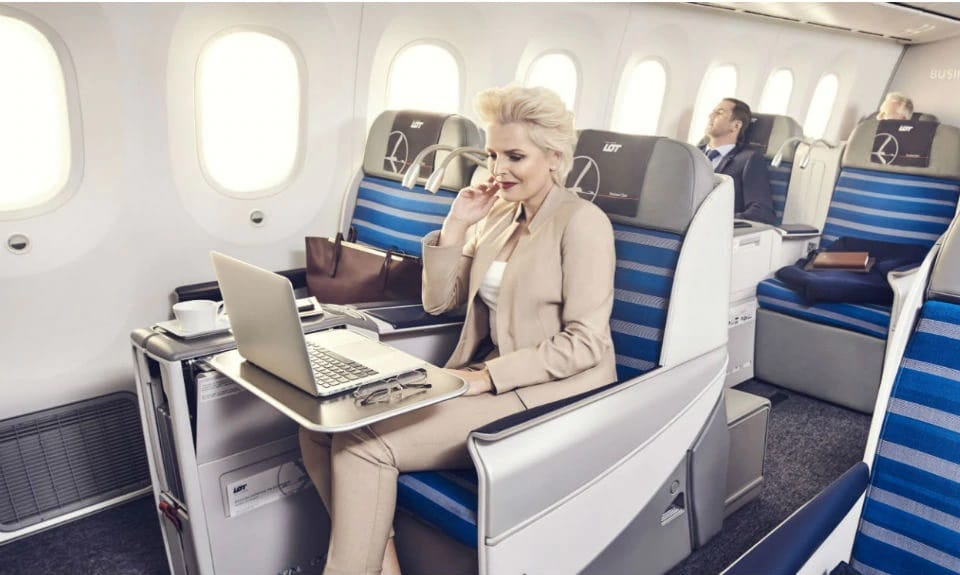 Business Class Flights to Vienna: a Review of the TOP 5 Airlines 2