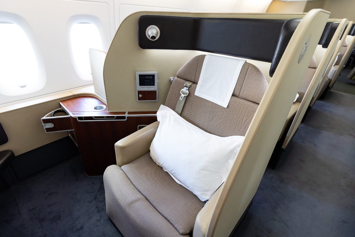 business class to Melbourne